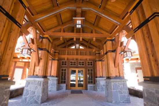 其主要形式包括穿斗式结构,抬梁式结构,井干式结构,木框架剪力墙结构